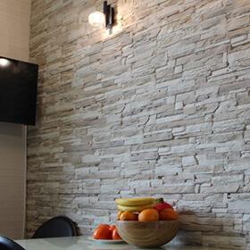 Фото камня скала белая 0101-03
